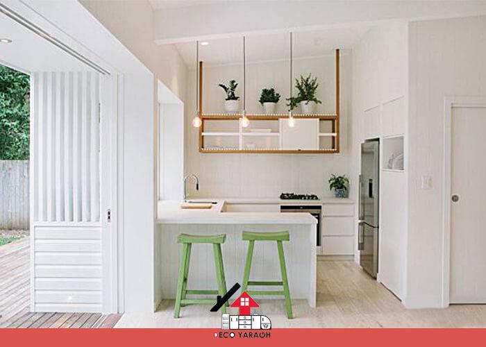 بدنه ی آشپرخانه سفید با کابینت های کاملا سفید